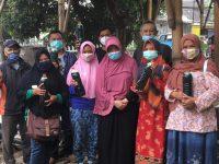 Para Pegiat Wisata Baraya Gunpay Panaragan Cikoneng Ciamis Ikut Pelatihan Produksi Sabun Cair