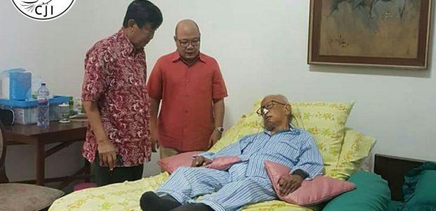 Pahlawan 'Zona Ekonomi Eksklusif' (ZEE) Sedang Terbaring Sakit, Dialah Legenda Hidup Dunia Kemaritiman (Laut) Negara Kesatuan Republik Indonesia
